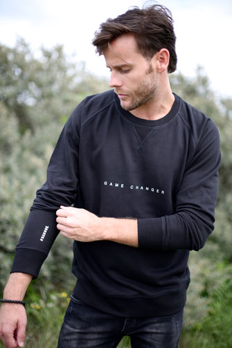 """""""GAME CHANGER"""" SWEATER 75€"""