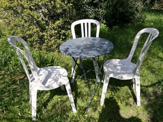 location chaises et tables Salon de Provence 13300 grans, pélissanne, lançon Provence, eyguiére
