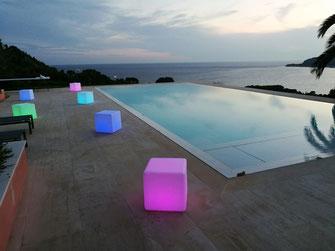 a louer cube lumineux led soirée piscine