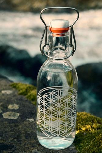 blume des lebens, floer of life, trinkflasche aus glas, trinkflasche, plastikfrei, lebensblume
