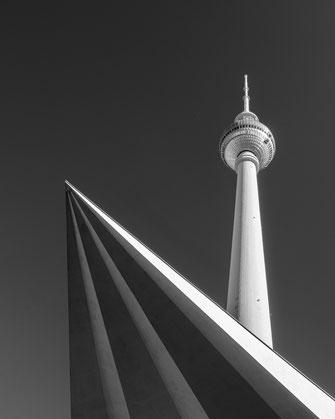 Infrarotfotografie, Berlin, Berliner Fernsehturm, Infrarot, Holger Nimtz, Infrared, Fotografie, Photography, Infrarotaufnahme, Fotokunst,