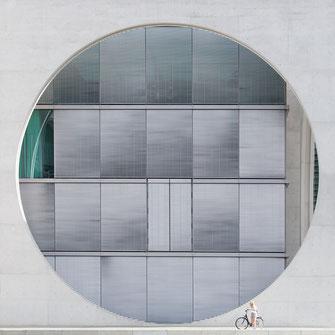 Marie-Elisabeth-Lüders-Haus, Berlin, Fassade, photography, Minimalismus, Fotografie, minimalism, minimalist, minimalistisch, Holger Nimtz, Wandbild, Kunst, Fotokunst, Circle, Archetektur, architecture,