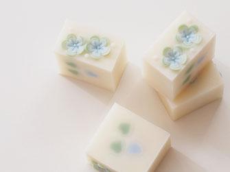 すてきな石けん 大人可愛い 花の石鹸