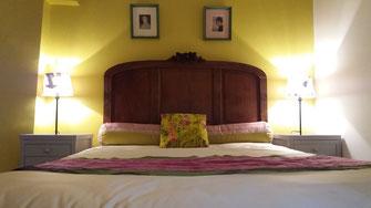 Chambre Philomène pour 2, lit 140x190, couleurs printanières