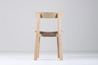 Gazzda-Stuhl-Nora-mit-Polsterung-aus-Stoff