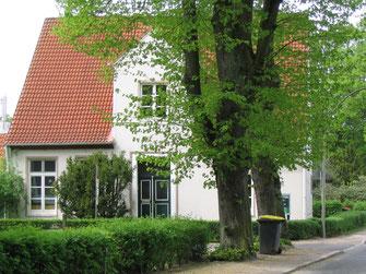 1833 Rungehaus (früher Pastorat) Billwerder Billdeich 140, Entwurf Stahlbuck. Heute Wohnhaus.