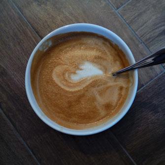 Schwarzmahler Milchkaffee