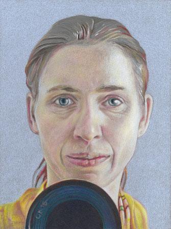 Selbst mit drittem Auge, 2016. (Farbstift/HDF, 24 x 18 cm)