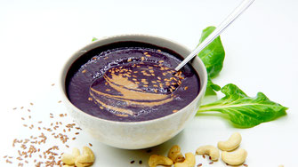 Purple Smoothie Bowl - Antioxidantien Chlorophyll - vegansports fit & healthy