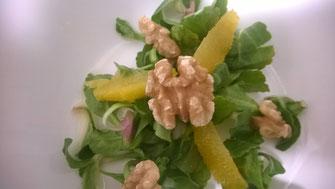Salat aus Gänseblümchen