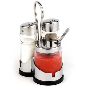 Menage mit Salz & Pfeffer und Glasflasche mit Löffelchen für Sambal Oelek. Im Set mit Halterung, praktischen Transportgriff und gummierten Boden.