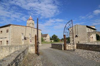 Burg Eingang