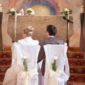 moderne Hochzeitsfeier in der Kelter