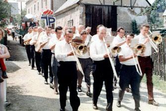 Bild: Blaskapelle Wünschendorf Erzgebirge 1977