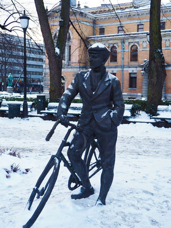 When in Oslo, you'll notice many statues