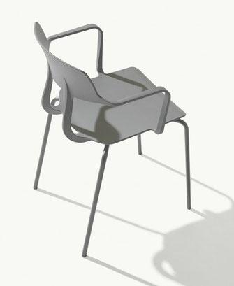 Silla con brazos de terraza y jardín snap metalmobil et al