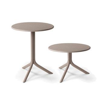 step, step mini mesa de exterior de dos alturas perforada nardi