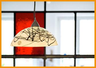 Pendelleuchte LINDA aus Porzellan, Bone China, Neuzeughammer Keramik, Beate Seckauer