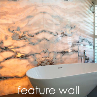 marmer onyx feature wall