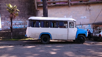 What a great transfer vehicle. I want this bus! Ozurgeti, 11/02/2016.