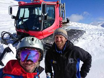 Alle Tracks werden neu eingespurt und zusammen mit Josef und Stefan legen wir etliche neu Tracks an und erschliessen so weitere Berge und schneereiche Hänge.