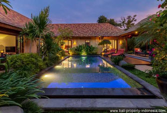 Sanur villa for sale with leasehold. South Bali.