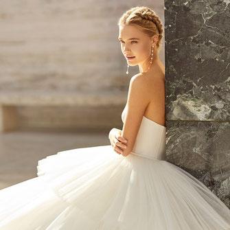 Brautkleider und Abendkleider von Brautmoden Tegernsee