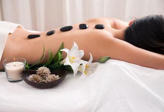 massages relaxants décontractant aux huiles naturelles de la marque MySpa un voyage aux quatre coins du monde qui vous envoutera lomi-lomi caribeen pierres-chaudes