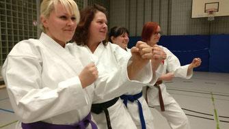 Unsere Karate Frauen