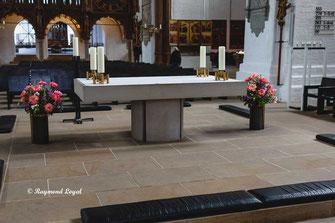 luebeck dom innen altar