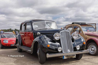vintage car humber pullman