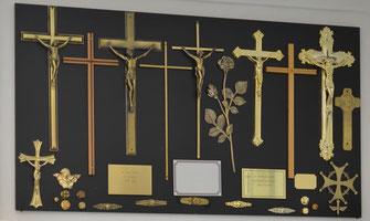 cercueil-pin-chene-massif-plaque-funeraire-croix-inhumation-cremation