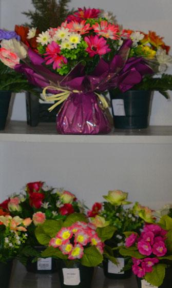 fleurs-artificielles-artisanales-couronnes-florales-interieur-exterieur