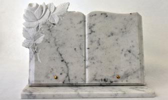 marbre-carrare-gravure-sur-place-lettres