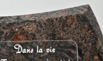 Marbrerie-orangeoise-vente-plaque-funeraire-prix-pas-cher