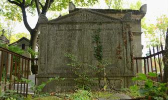sepulture-funerair-cimetiere-paris-pere-lachaise