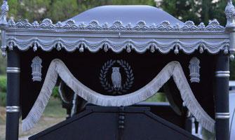 hippomobile-cercueil-lyonnais-ancien