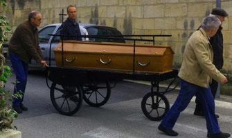 pompes-funebres-lancon-maillane-menuiserie