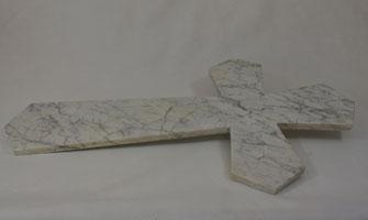 croix-granit-marbre-monument-funeraire-ornement-sepulture