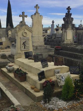 cimetiere-caderousse-pompes-funebres-du-vaucluse-84-orange-centre-funeraire-regie-coudoulet