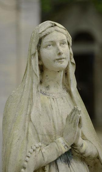 statue-pierre-marbre-vierge-jesus-christ-ange
