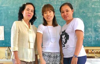 2019年カンボジアを訪れたときシナ(右)と一緒に