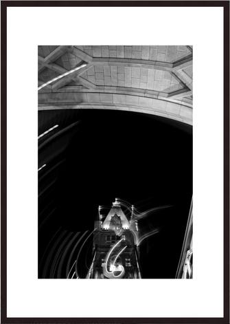 Leica Fine Art Print, Motiv: Tower Bridge, London. Diese Fotokunst ist zu kaufen, limitiert, exklusiv und in Galerie- Qualität
