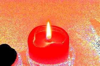 Kleine Weihnachtsverse: Kerzenschein