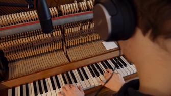 Musiker Studio Hamburg Klavier Piano Pianist Keyboard
