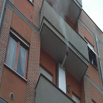 distanze minime dello scarico dei fumi della caldaia sul balcone a torino e provincia