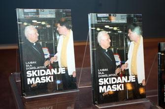 """Die kroatische Ausgabe des Buches """"Liebe.Macht.Erfinderisch. - Enthüllungen"""" - von Autor Winfried Gburek und Franjo Komarica."""