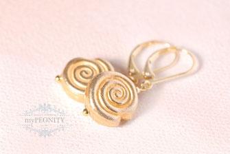 kleine spiralen schnecken vergoldete ohrringe klapp brisur
