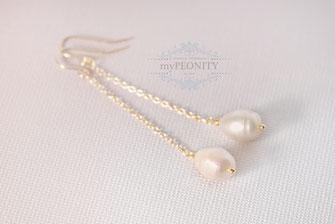 Lange Süßwasser Perlen Ohrringe vergoldet