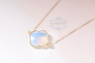 Opal Kleeblatt Kette vergoldet